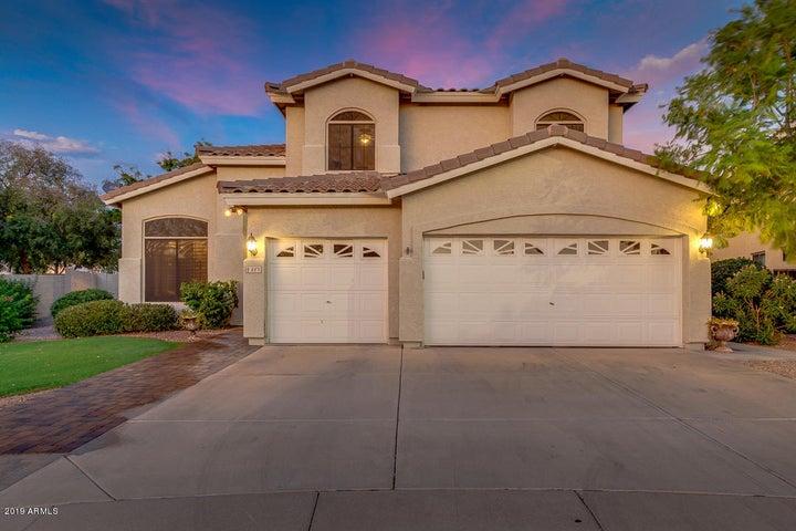 887 N DATE PALM Drive, Gilbert, AZ 85234