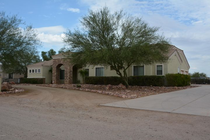 5276 E HORSETHIEF GULCH Avenue, San Tan Valley, AZ 85140