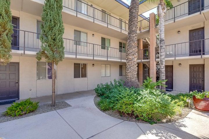 4727 E LAFAYETTE Boulevard, 110, Phoenix, AZ 85018