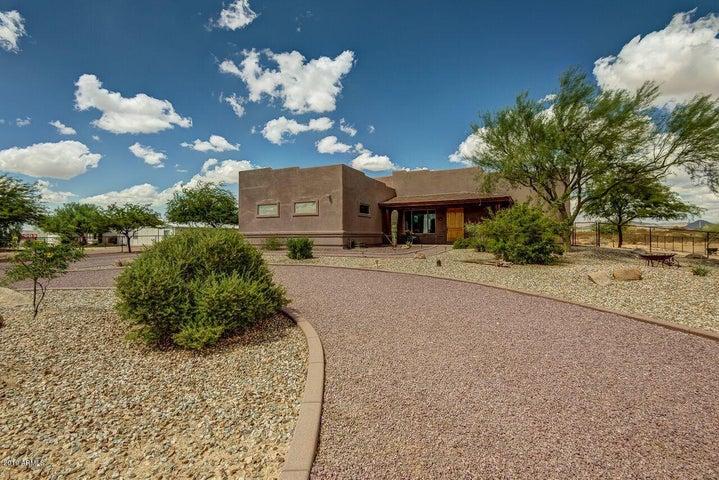 21140 W CARAVAGGIO Lane, Wittmann, AZ 85361