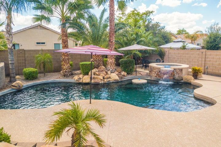 2589 W PROSPECTOR Way, Queen Creek, AZ 85142