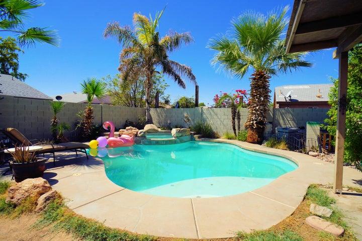 8705 W JEFFERSON Street, Peoria, AZ 85345