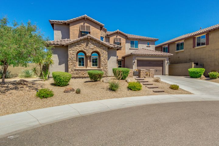 Spectacular 7 bed/6 bath home in Fireside at Desert Ridge