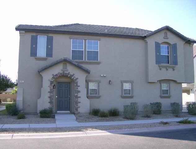981 W WENDY Way, Gilbert, AZ 85233