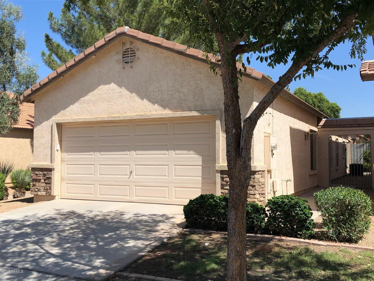 943 S BANNING Street, Gilbert, AZ 85296