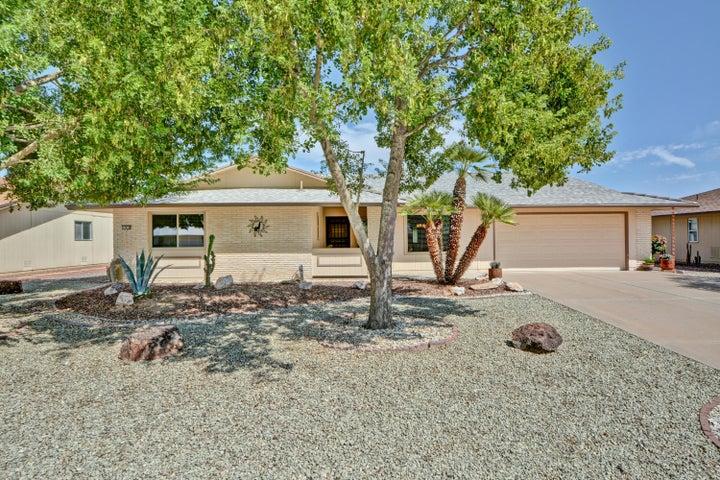 17635 N WHISPERING OAKS Drive, Sun City West, AZ 85375