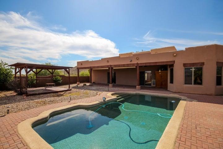 42913 N 7 Avenue, New River, AZ 85087