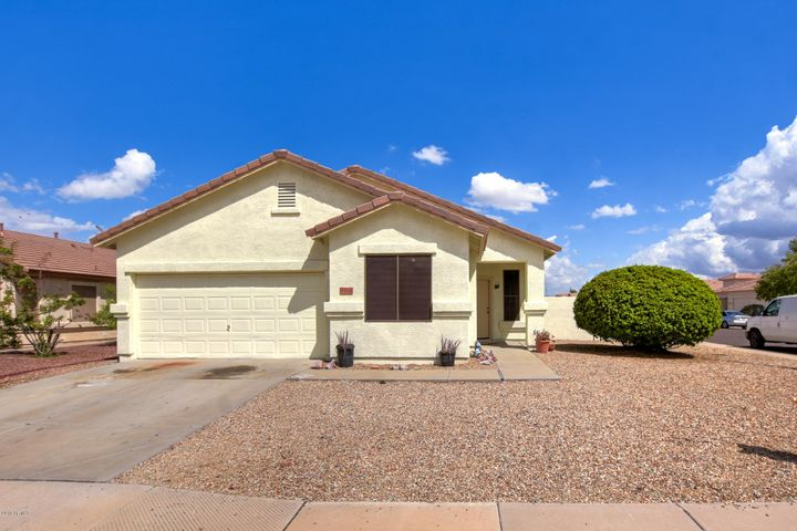 6604 W LAWRENCE Lane, Glendale, AZ 85302