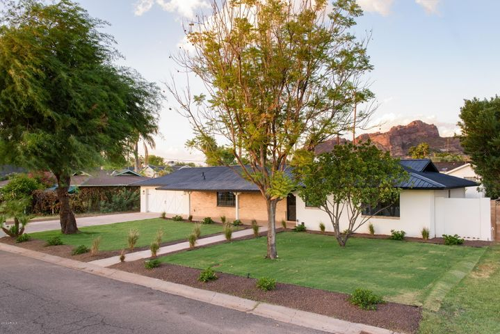 4556 E CALLE REDONDA, Phoenix, AZ 85018