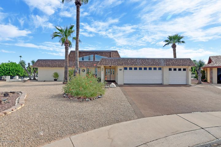 13605 N TAN TARA Point, Sun City, AZ 85351