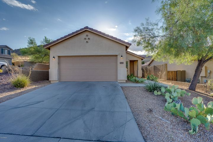 37917 N RALEIGH Way, Anthem, AZ 85086