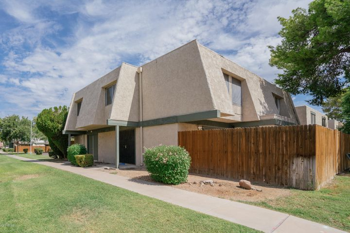 5928 W GOLDEN Lane, Glendale, AZ 85302