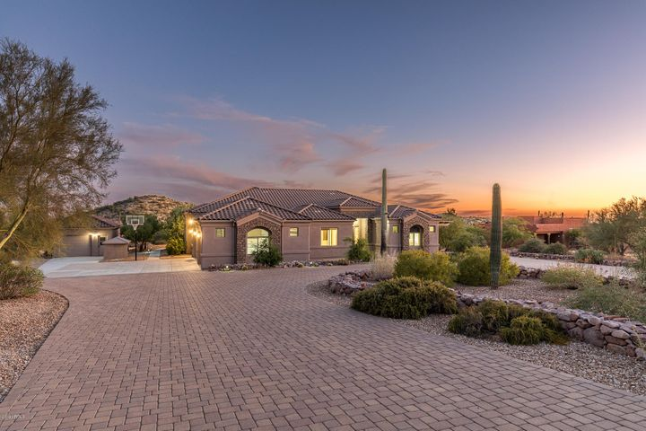 10351 E CLOUDVIEW Avenue, Gold Canyon, AZ 85118
