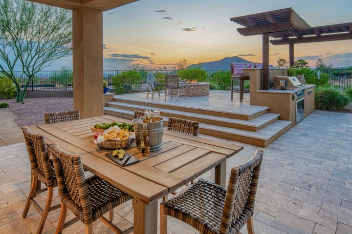 Your new lifestyle awaits at Villa Serena in Sierra Highlands!