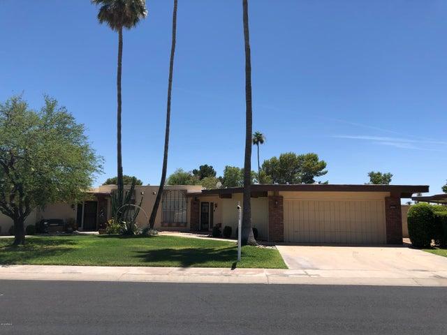 10505 W PINEAIRE Drive, Sun City, AZ 85351