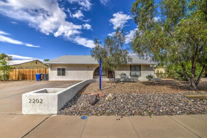 2202 W VINEYARD Road, Tempe, AZ 85282