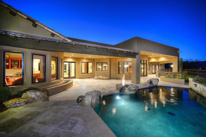 6831 E FLAT IRON Loop, Gold Canyon, AZ 85118