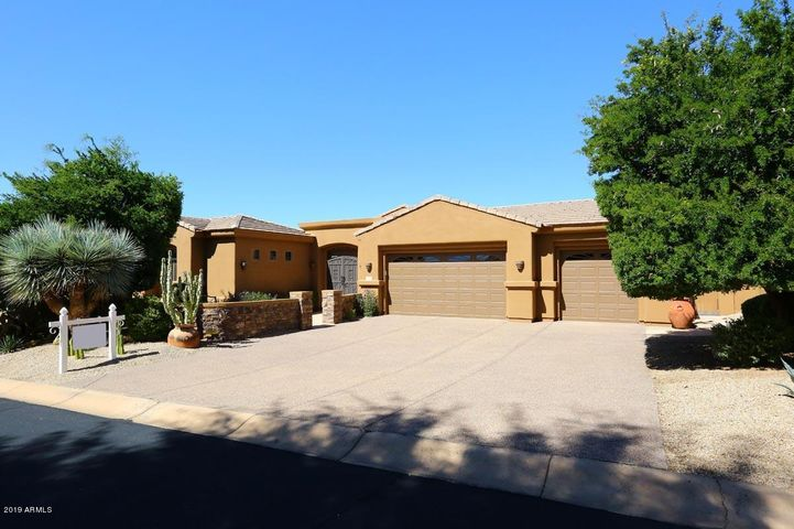 9952 E SEVEN PALMS Drive, Scottsdale, AZ 85262