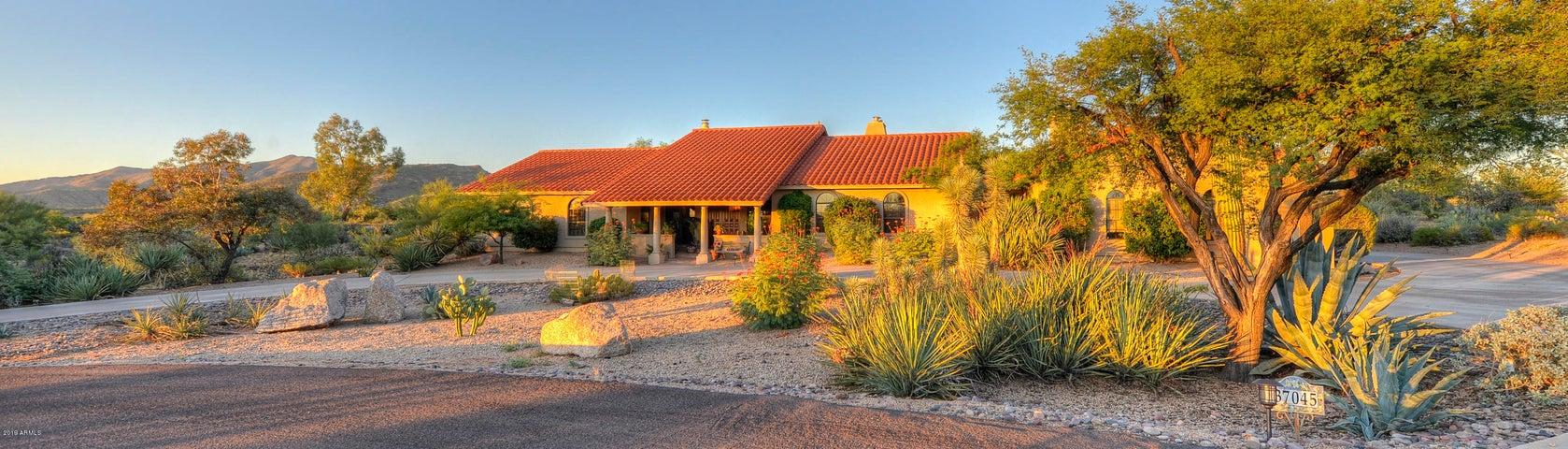 37045 N ROMPING Road, Carefree, AZ 85377