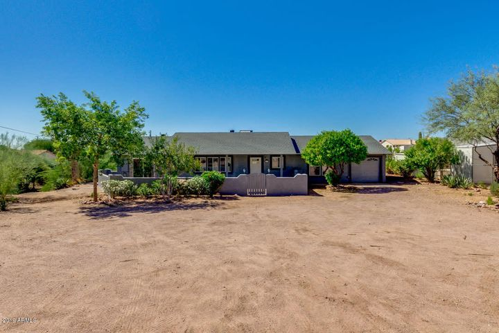 1096 N SHOTGUN Court, Apache Junction, AZ 85119