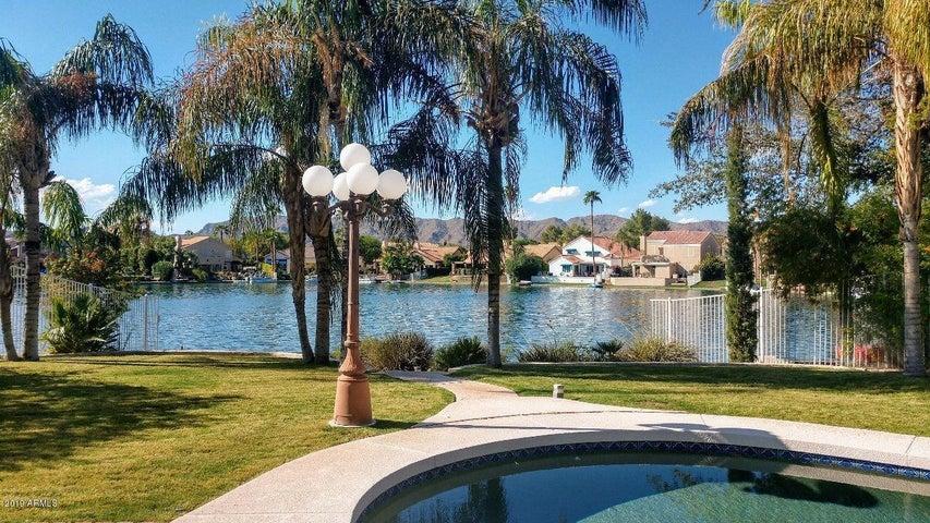 3410 E WILDWOOD Drive, Phoenix, AZ 85048