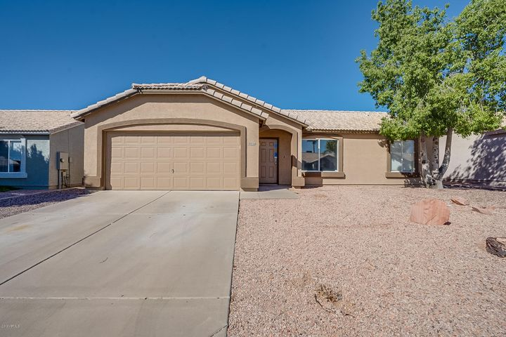 1824 W 19TH Avenue, Apache Junction, AZ 85120