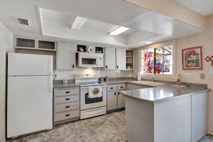5819 N GRANITE REEF Road, Scottsdale, AZ 85250