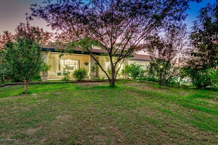 6426 N CITRUS Road, Waddell, AZ 85355