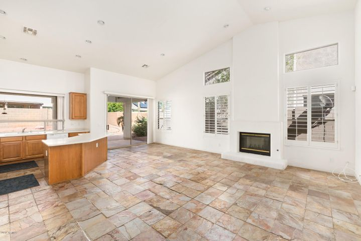 6530 E MONTREAL Place, Scottsdale, AZ 85254