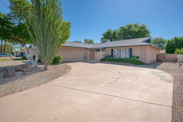 8419 E JACKRABBIT Road, Scottsdale, AZ 85250