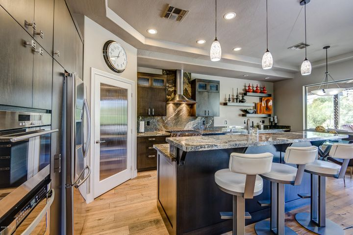 You'll Love to cook in this kitchen!