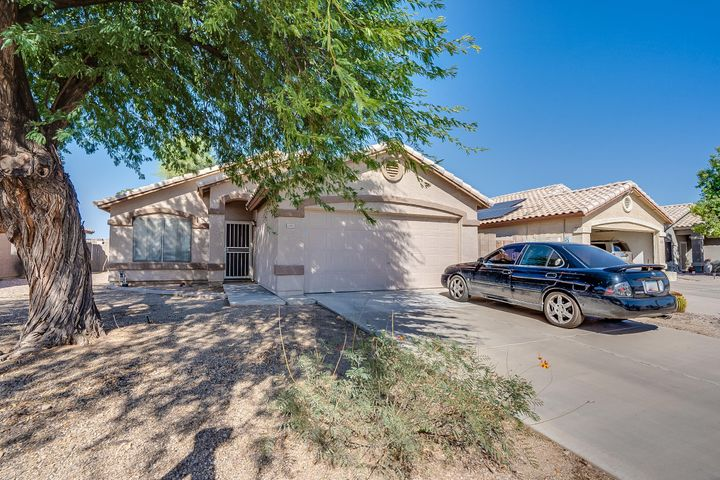 15952 W SMOKEY Drive, Surprise, AZ 85374