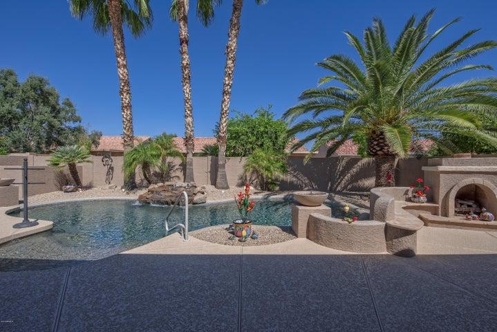 15024 W MULBERRY Drive, Goodyear, AZ 85395