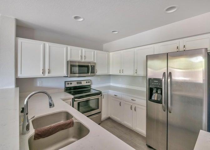 1886 E DON CARLOS Avenue, 145, Tempe, AZ 85281