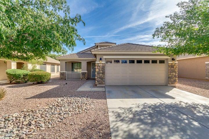 2589 W WRANGLER Way, San Tan Valley, AZ 85142
