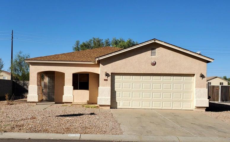 1110 E SILVERSMITH Trail, San Tan Valley, AZ 85143