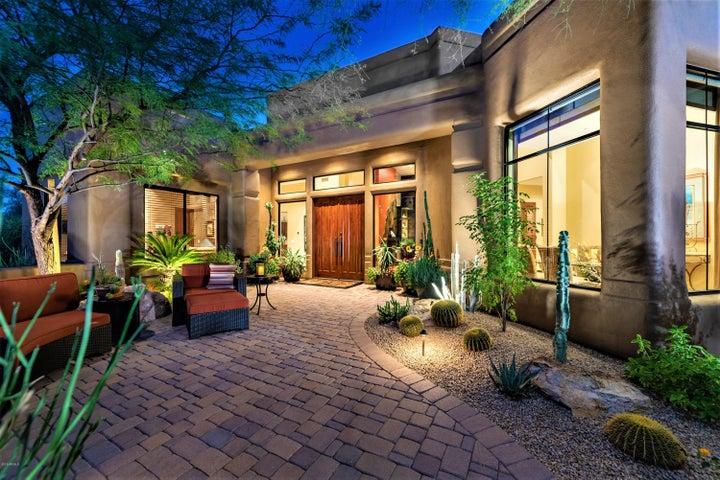 8300 E DIXILETA Drive, 208, Scottsdale, AZ 85266