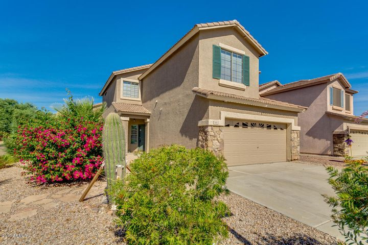 Front view of beautiful 3/2 home in desirable Cambria subdivision