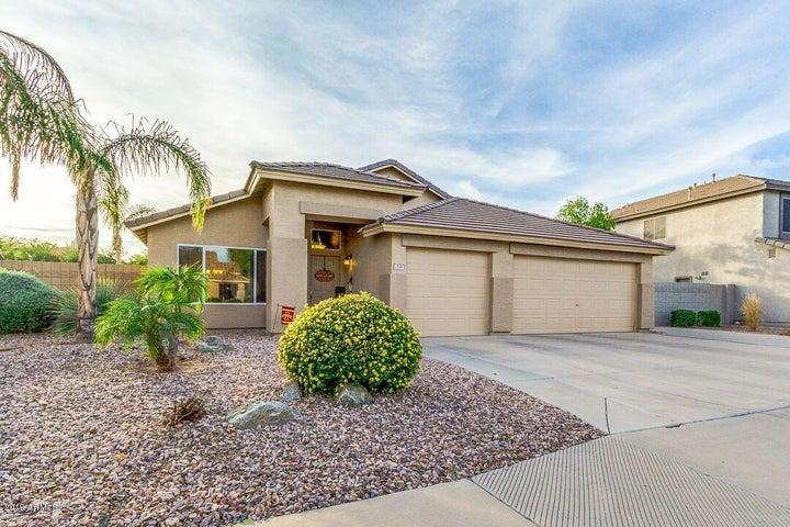 2200 S SOUTHWIND Drive, Gilbert, AZ 85295