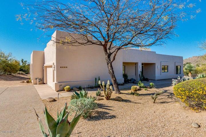 8001 E CAREFREE Drive, Carefree, AZ 85377