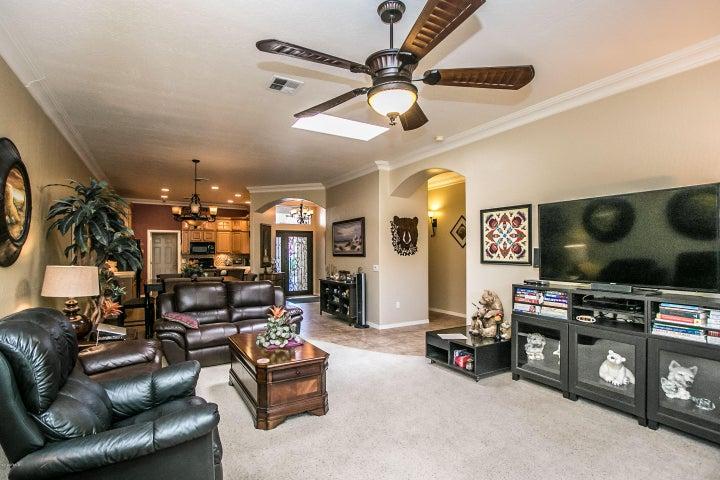 8723 E SANDTRAP Court, Gold Canyon, AZ 85118