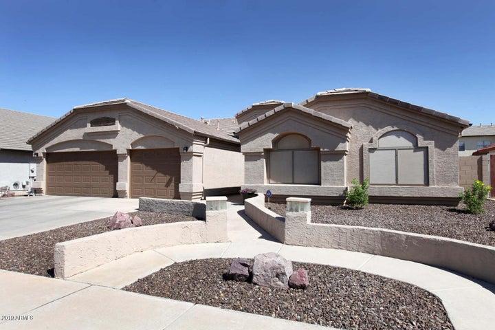 902 E BETSY Lane, Gilbert, AZ 85296