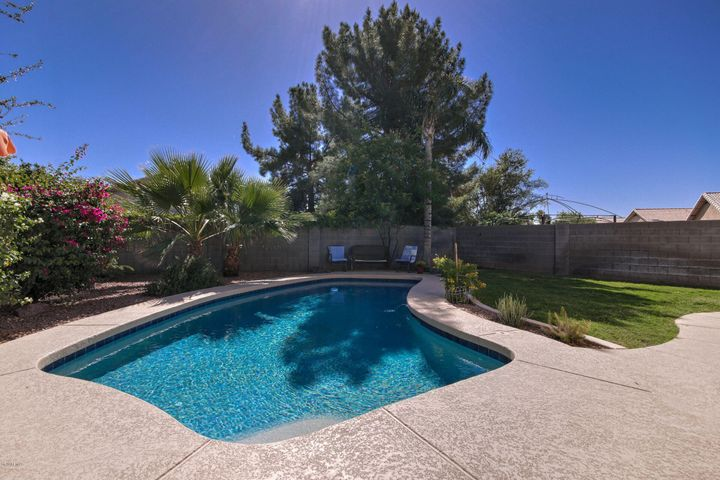 665 N DUFFY Way, Gilbert, AZ 85233