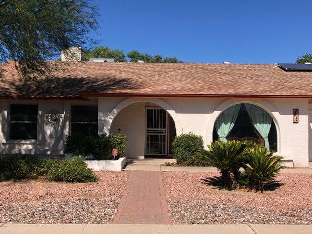 6228 W DESERT HILLS Drive, Glendale, AZ 85304