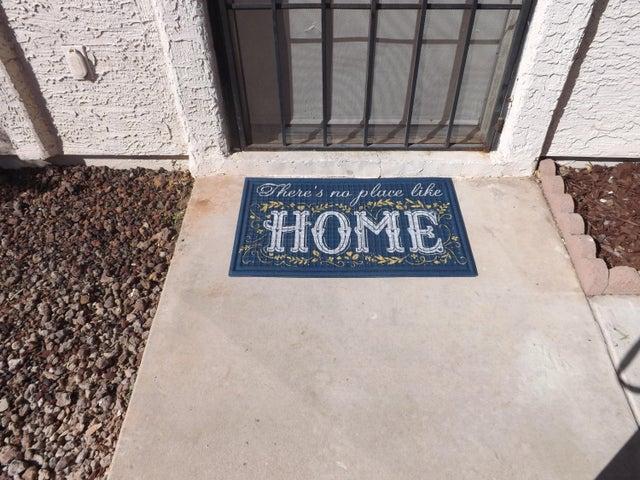 2151 N MERIDIAN Road, 2, Apache Junction, AZ 85120