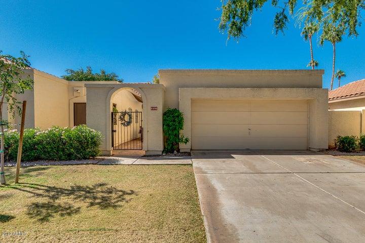 8896 S DREA Lane, Tempe, AZ 85284