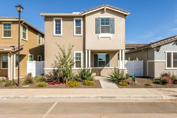 3805 E STILES Lane, Gilbert, AZ 85295