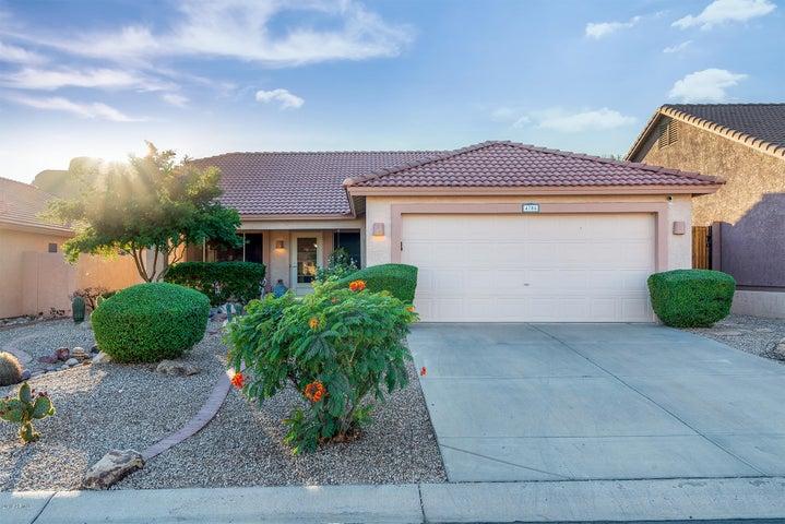 4704 S Louie Lamour Drive, Gold Canyon, AZ 85118