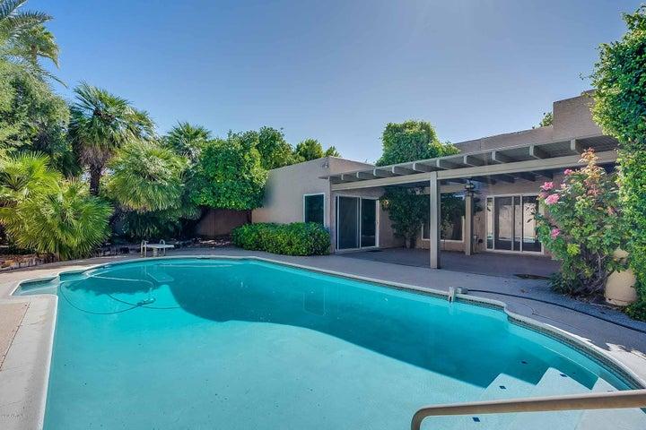7320 E CLAREMONT Street, Scottsdale, AZ 85250