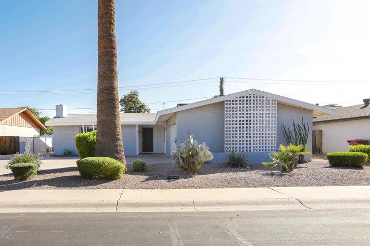 8607 E MONTEBELLO Avenue, Scottsdale, AZ 85250